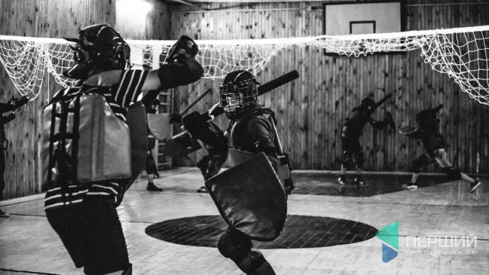 Лучан запрошують на тренування із лицарського бою