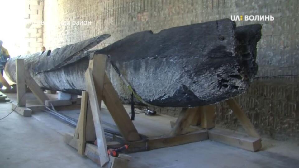 Для 12-метрового човна-довбанки, знайденого у Стиру, будують музей