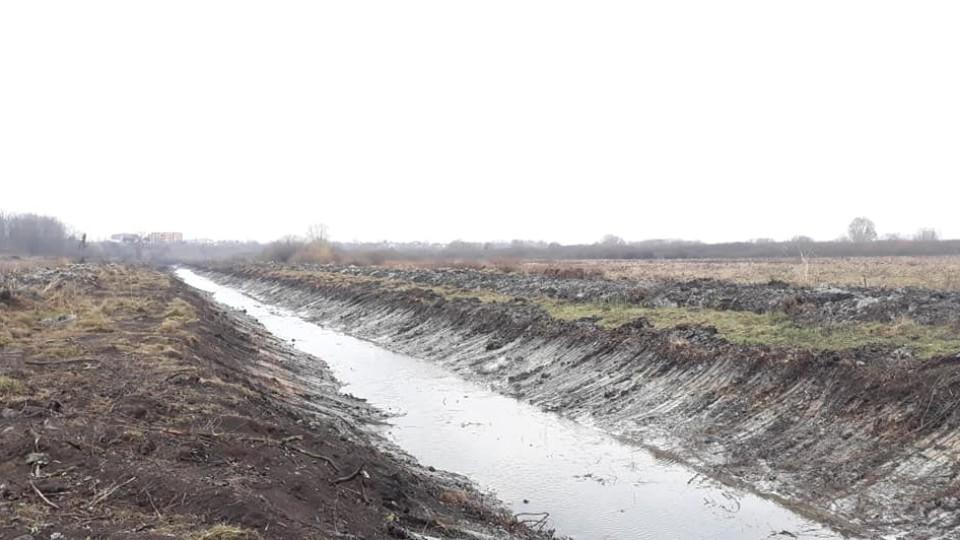 У громаді під Луцьком чистять канали. ФОТО