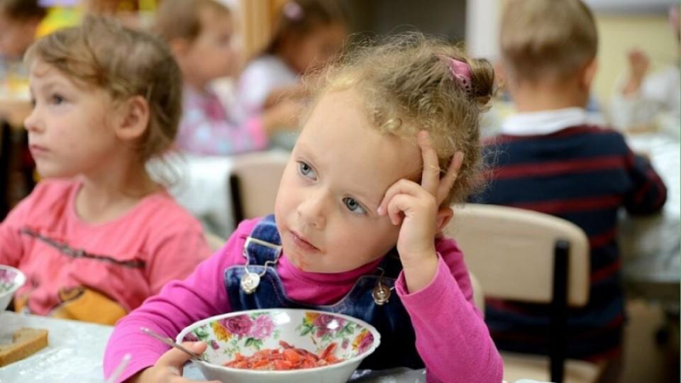 Прокуратура судиться з міськрадою через харчування дошкільнят без «луцької прописки»