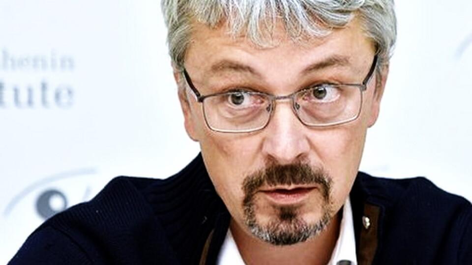 «Історія з «Книгарнею Є» змусила замислитися». Міністр прокоментував ситуацію з українськими книгами