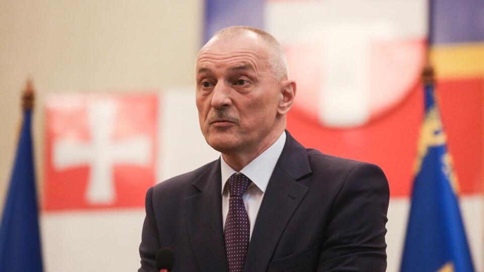 Звільнили голову Волинської ОДА Савченка
