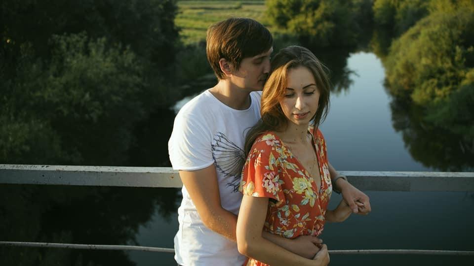 Луцька SMM-ниця знялась у романтичній фотосесії. ФОТО