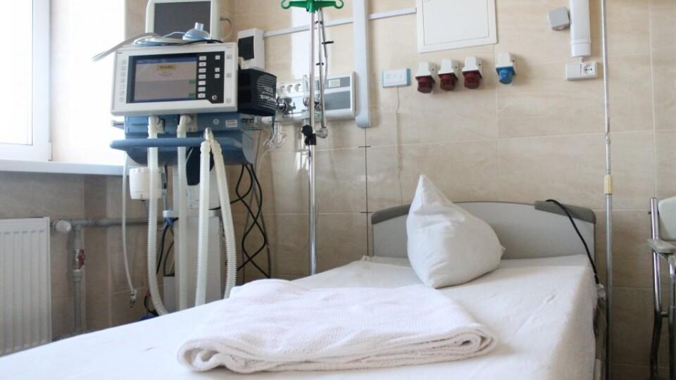 Чому більшість хворих на коронавірус, яких підключають до апаратів ШВЛ, помирають. Пояснення МОЗ
