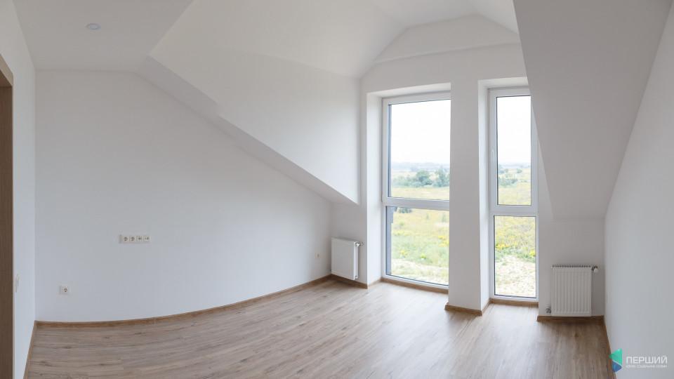 Мансарда – це красиво: як зробити похилу стелю в домі