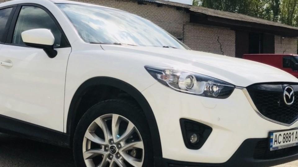 У Луцьку посеред ночі вкрали Mazda CX5. ФОТО
