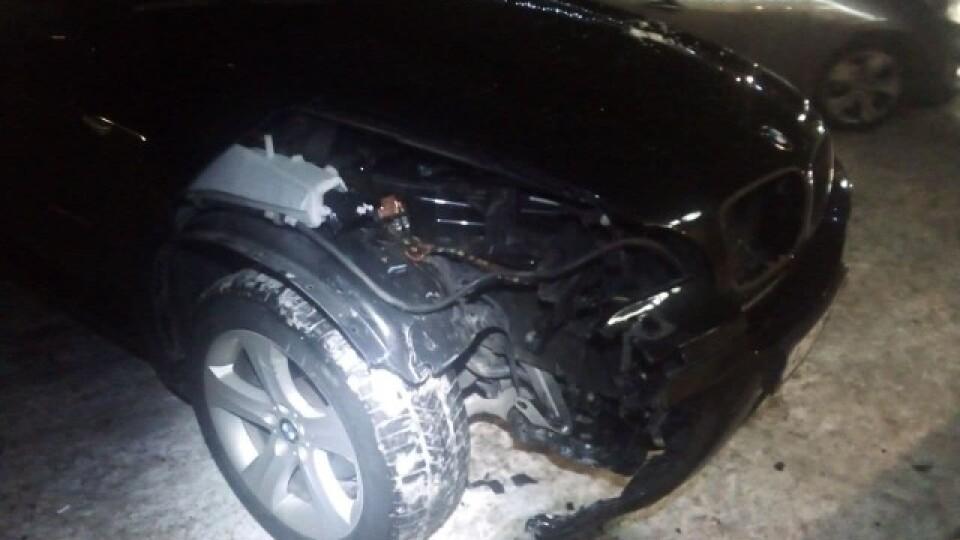У Луцьку BMW X5 на швидкості влетів у кав'ярню