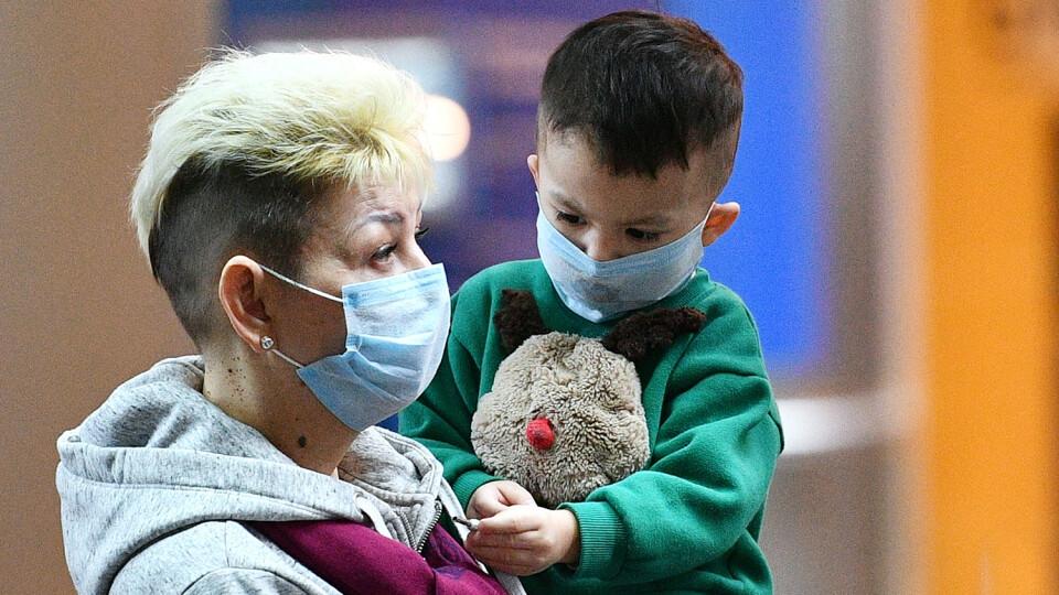 В Україні на COVID-19 частіше почали хворіти діти й молодь
