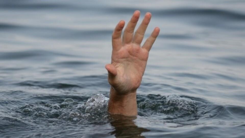 У Ковелі в штучному ставку втопився чоловік