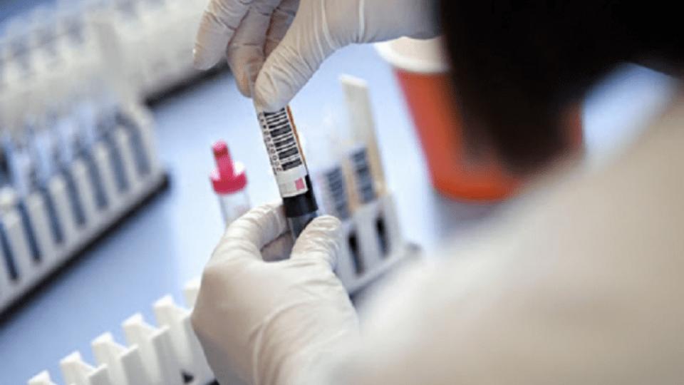 В Україні за добу виявили майже 10 тисяч хворих на коронавірус