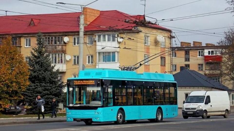 Як у новорічну ніч курсуватимуть тролейбуси та маршрутки у Луцьку