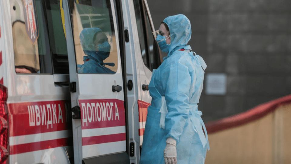 В Україні за добу виявили 325 випадків коронавірусу. Усього – 3102 хворих