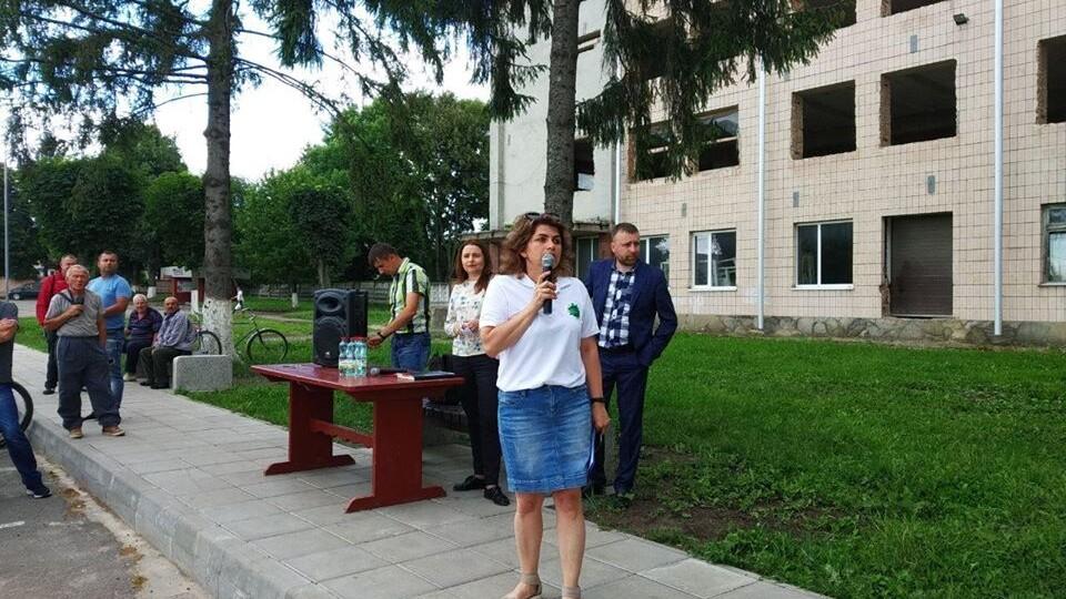 У Луцьку жителі Вишкова просять провести центральну каналізацію. Петиція
