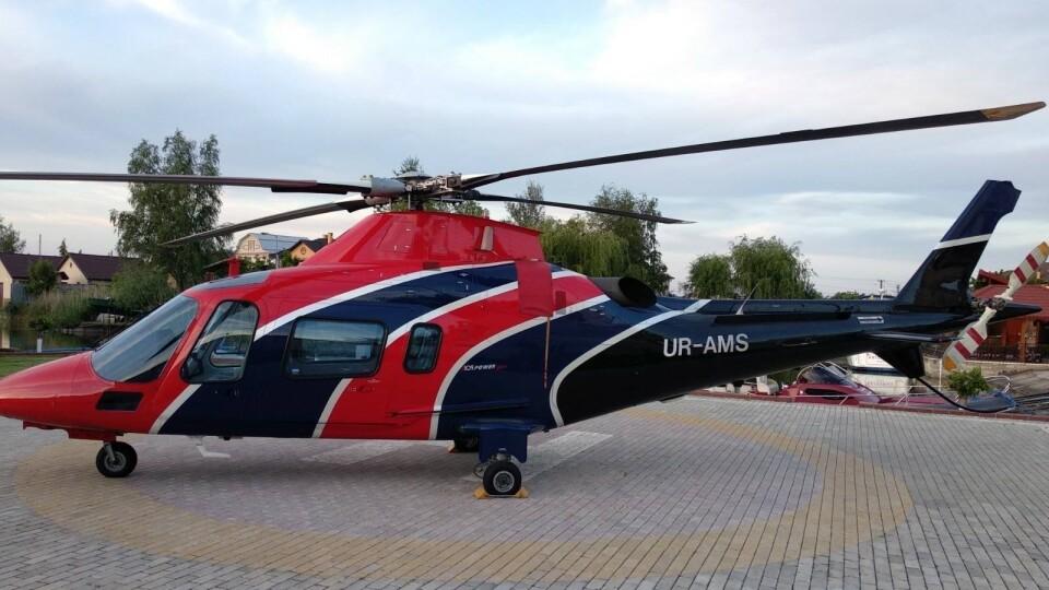 Митрополит Онуфрій прилетів на Волинь вертольотом нардепа від Опоблоку