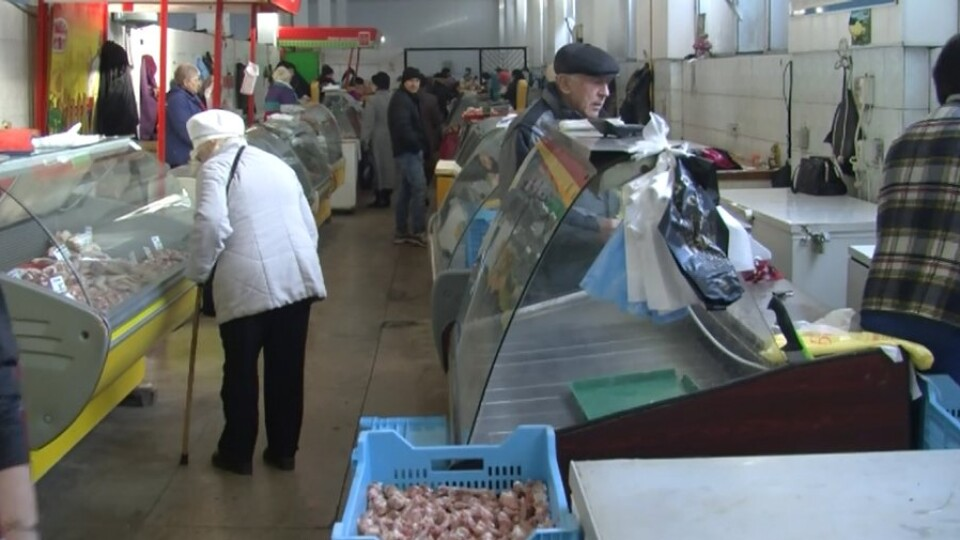 Підприємці Старого ринку у Луцьку обурені, що їм вимикають світло