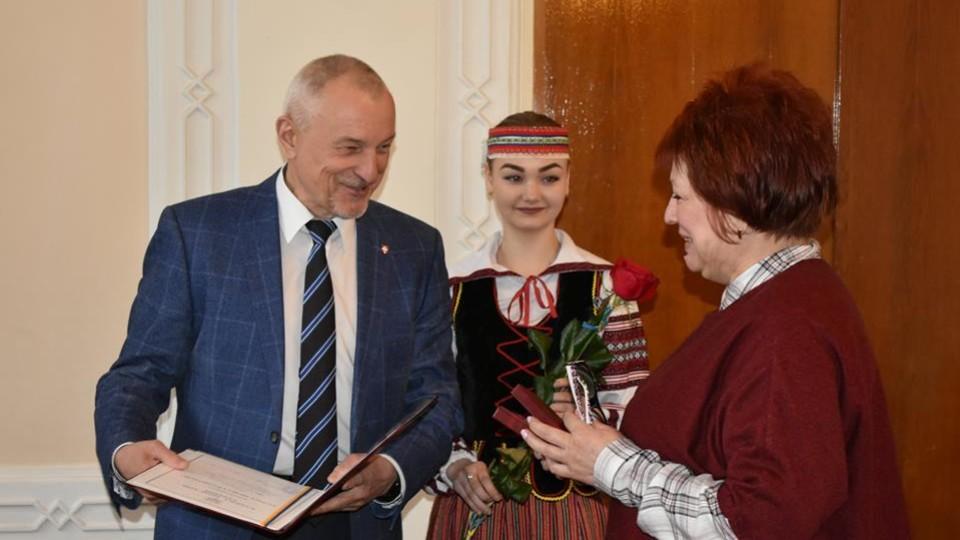 Волинянам вручили нагороди від Порошенка і Гройсмана. ФОТО