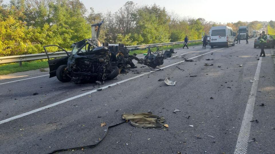 На Львівщині – масштабна аварія. Загинув 26-річний волинянин