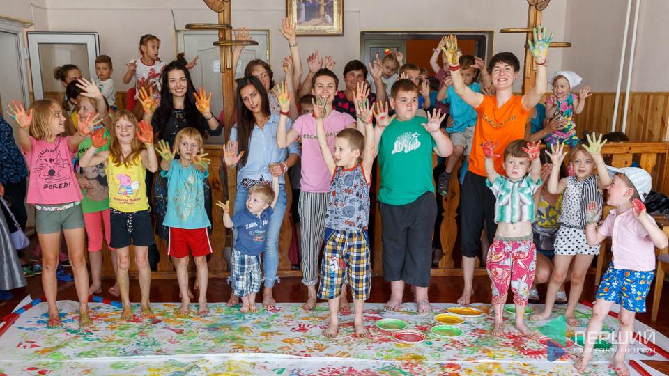 Культурний центр Passage Interdit розпочав свою роботу з благодійного дитячого проекту. ФОТО