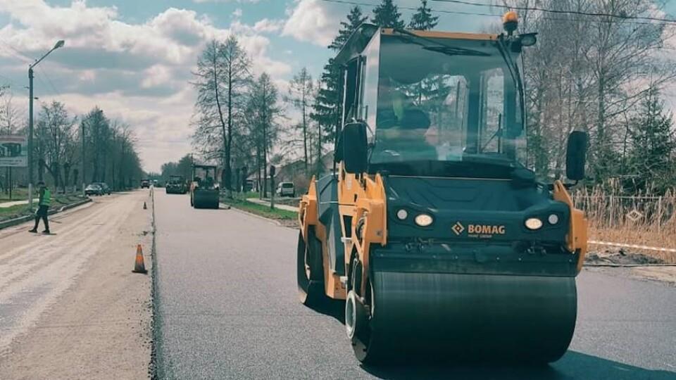 На Шацькі озера – новою дорогою: роботи тривають цілодобово