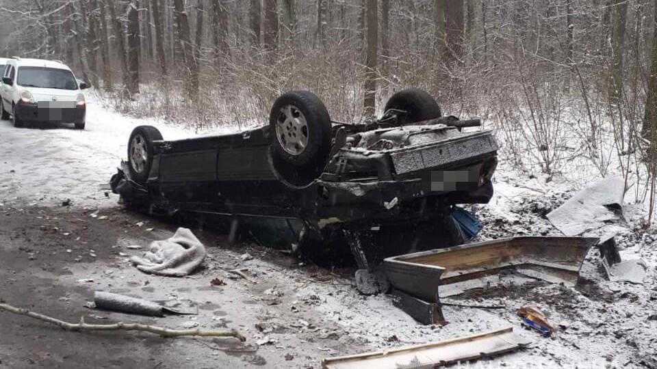 У ДТП на Волині загинув 21-річний водій легковика. Пасажир – в реанімації