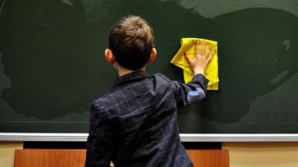 У Володимирі-Волинському школи і дитсадки відновлюють роботу з 10 листопада
