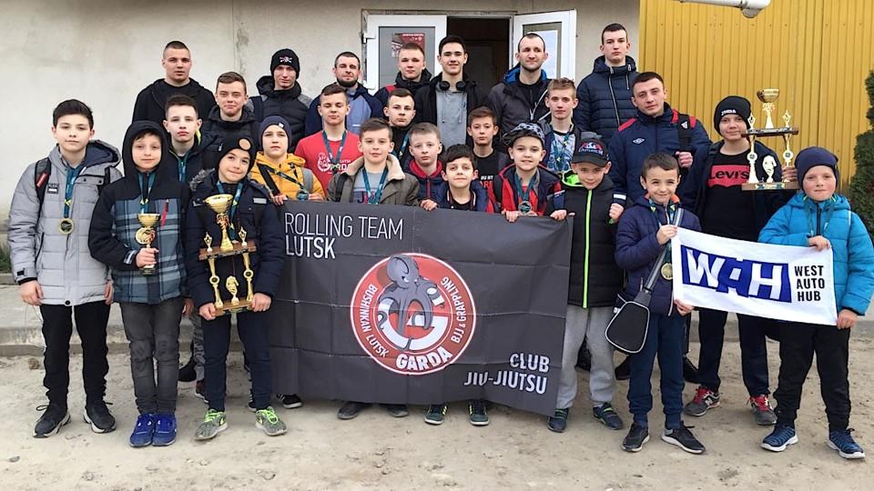 Луцький спортивний клуб привіз 13 золотих медалей із чемпіонату з джиу-джитсу. ФОТО
