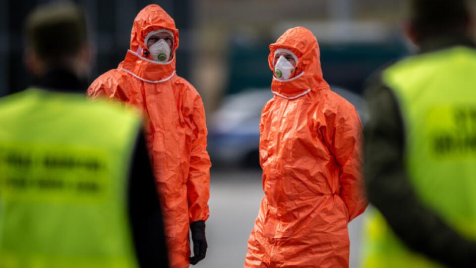 Польща через масштабний спалах коронавірусу йде на жорсткий карантин