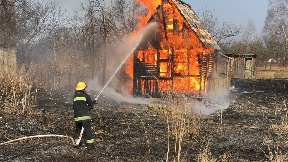 Палять траву – горять будинки. За день на Волині гасили близько десяти пожеж сухостою