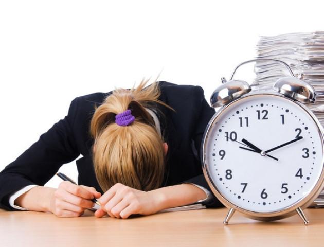 Як пережити переведення годинника на зимовий час