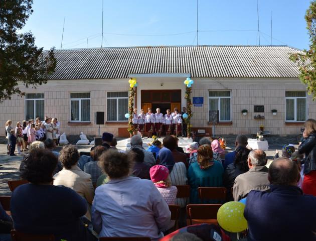 Команда Ігоря Гузя підтримує громади у відродженні національних традицій