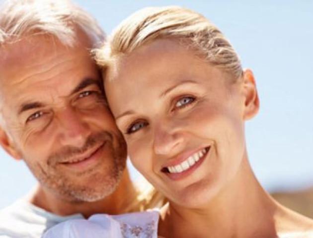 Вчені вирахували ідеальну різницю у віці між подружжям