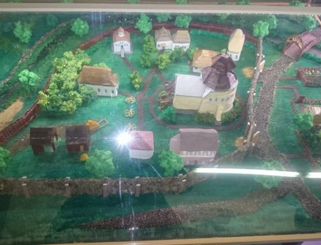 У ЛНТУ зробили макет древнього Луцького храму