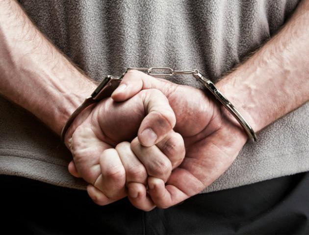 На Волині затримали чоловіка, який побив та пограбував знайомого