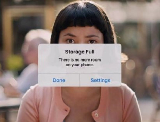 Компанія Google потролила iPhone у новенькій рекламі. ВІДЕО