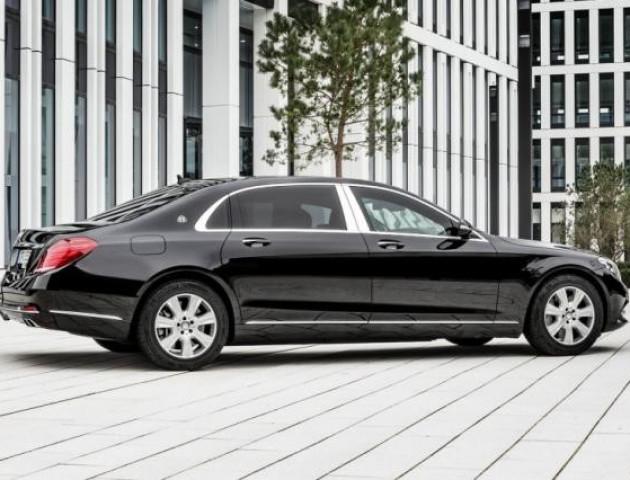 Власника Mercedes на єврономерах оштрафували на 3,4 млн грн