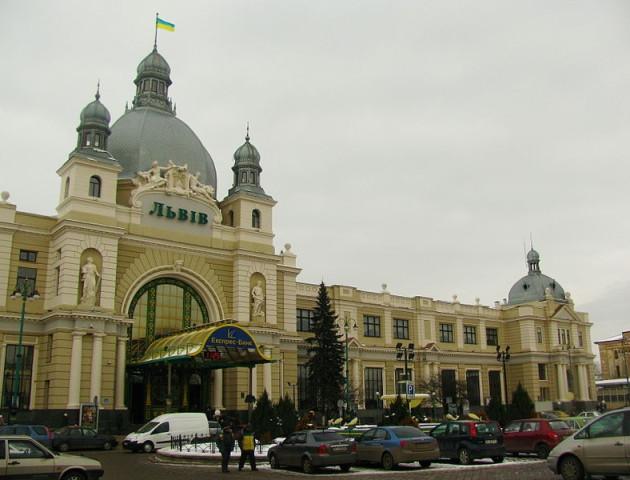 У волинянина вкрали «мобілку» на львівському вокзалі