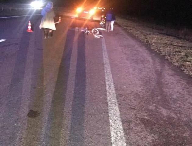 Водії кілька годин об'їжджали труп збитого велосипедиста на трасі «Київ-Луцьк»