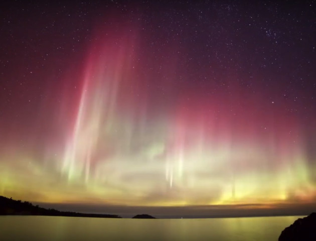 Американець показав неймовірну красу північного сяйва