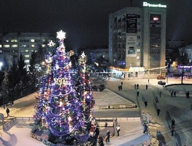 У Луцьку пропонують оголосити конкурс на найкращий проект новорічної ялинки
