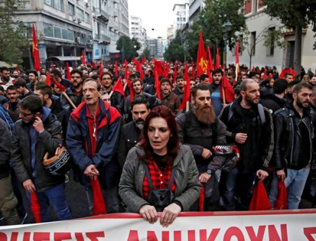 У Греції масові заворушення, є постраждалі