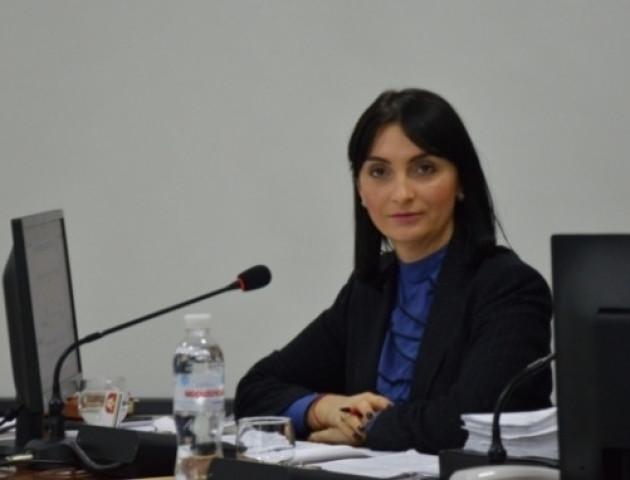 Юлія Вусенко назвала позачергову сесію Луцькради абсурдною