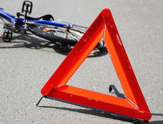 На Волині «Volkswagen Passat» збив велосипедиста