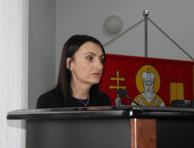 Луцька депутатка Юлія Вусенко хоче поновитися на посаді секретаря мерії. ФОТО. ВІДЕО