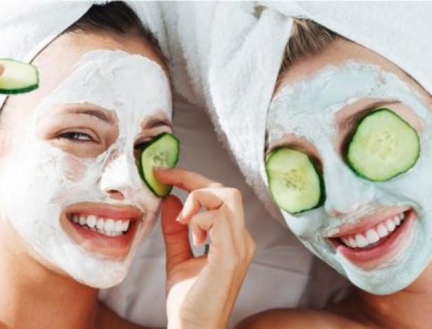 Чудо-маски: які продукти не можна наносити на обличчя