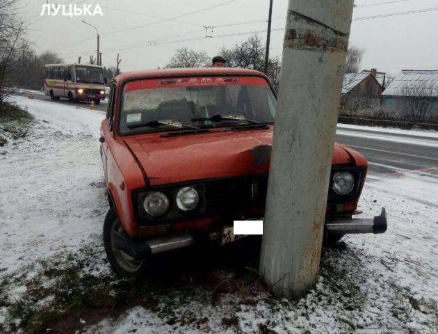 Подробиці ранкової ДТП під Луцьком: водій скоїв наїзд на дівчину