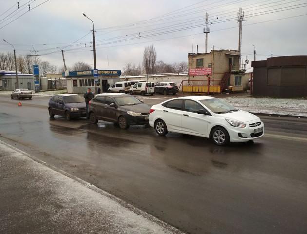 У Луцьку три автівки спричинили ДТП