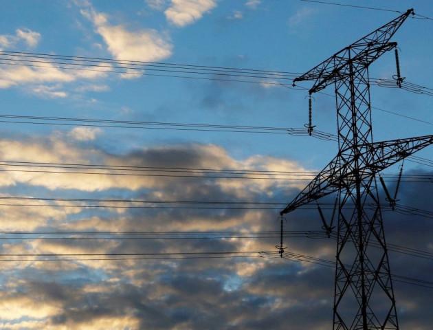 Для підведення електромереж у Любешові з обласного бюджету треба близько 200 тисяч, яких немає