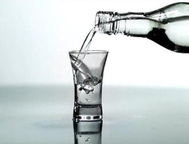 У Рожищі «накрили» продаж фальсифікованого алкоголю