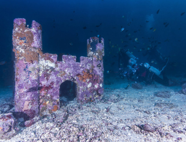 На дні турецького озера знайшли фортецю, якій 3 тисячі років