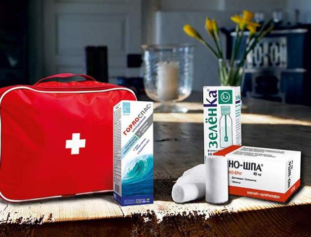Що повинно бути в домашній аптечці, щоб хвороба не застала зненацька ?